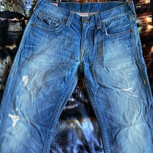 True religion ripped light blue jeans 34x32